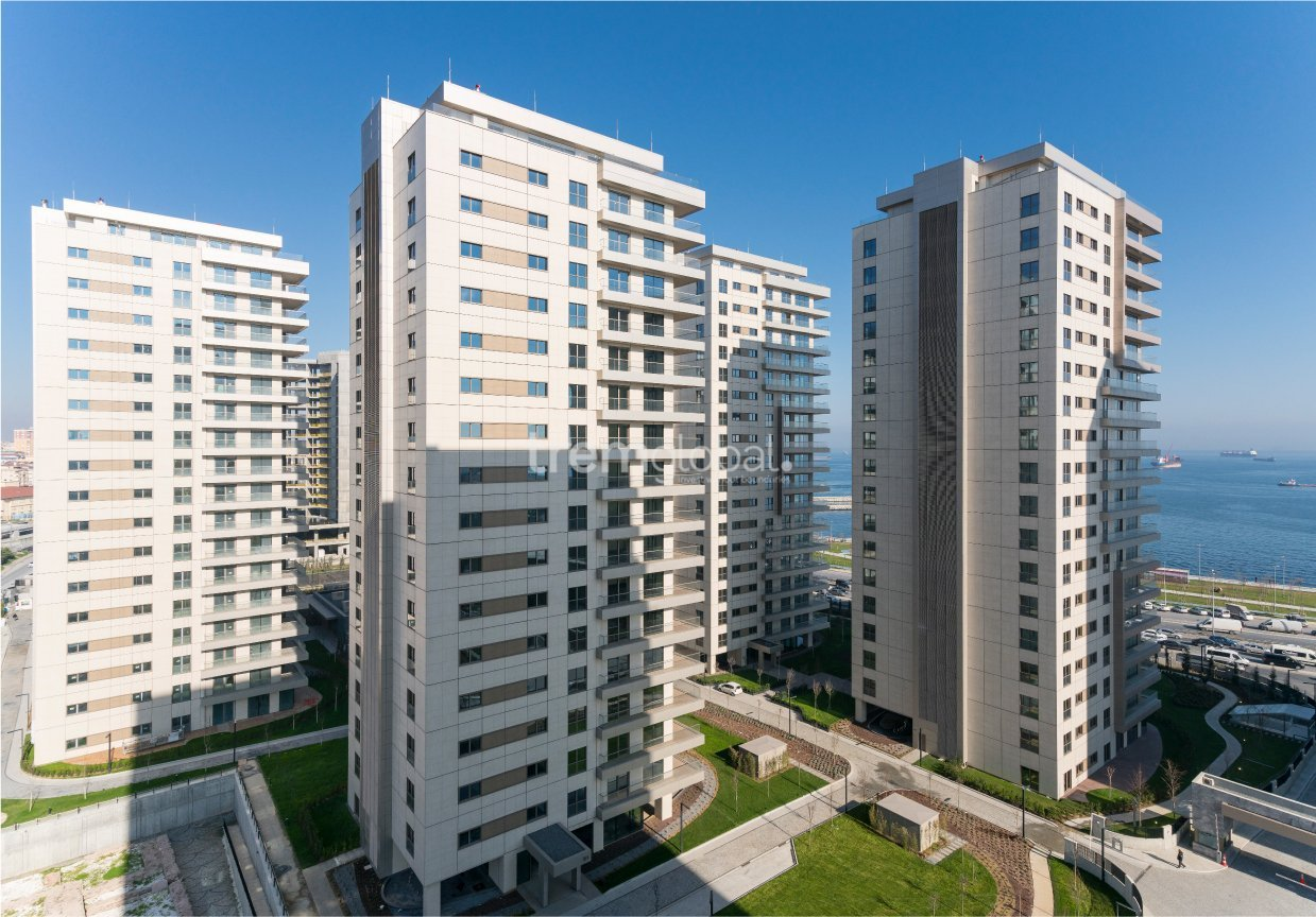 real estate for sale in İstanbul / Bakirköy Residences