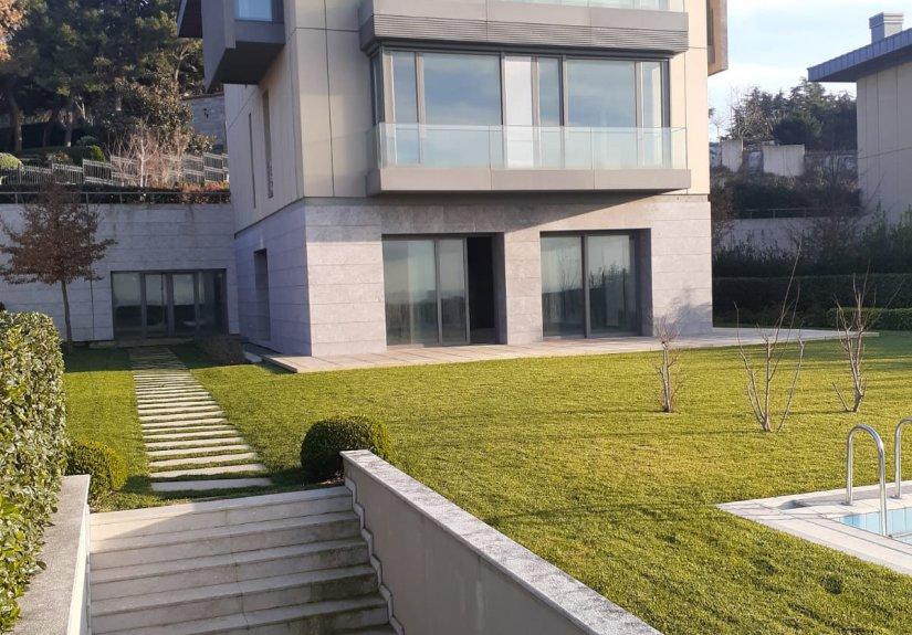 3 Storey Villa in Çamlıca Shell and Core - 1