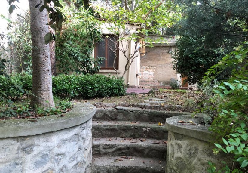 4+1 mansion for sale with 3 floors in Uskudar - 8