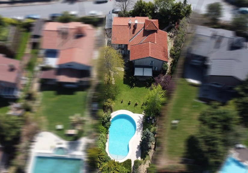 5 Bedrooms Villa With Great Garden and Pool - 2