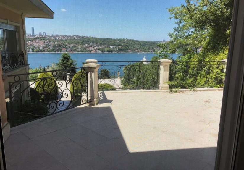 7+4 mansion with magnificent Bosphorus View - 6
