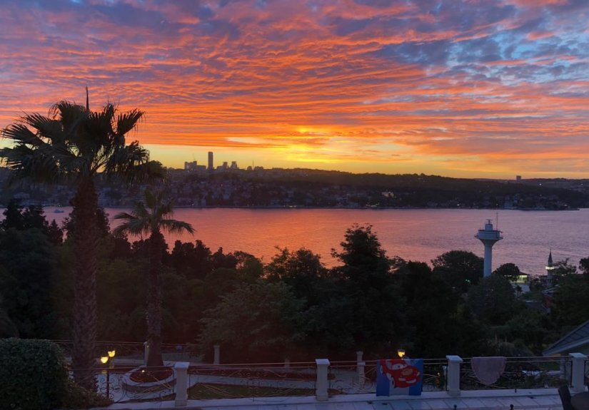 7+4 mansion with magnificent Bosphorus View - 17