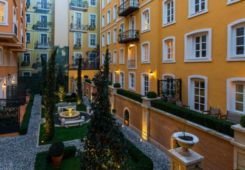 real estate for sale in İstanbul / Beyoğlu Flats