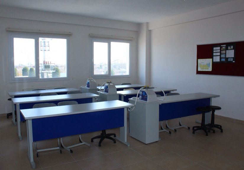 real estate for sale in Manisa / Ahmetli Commercial