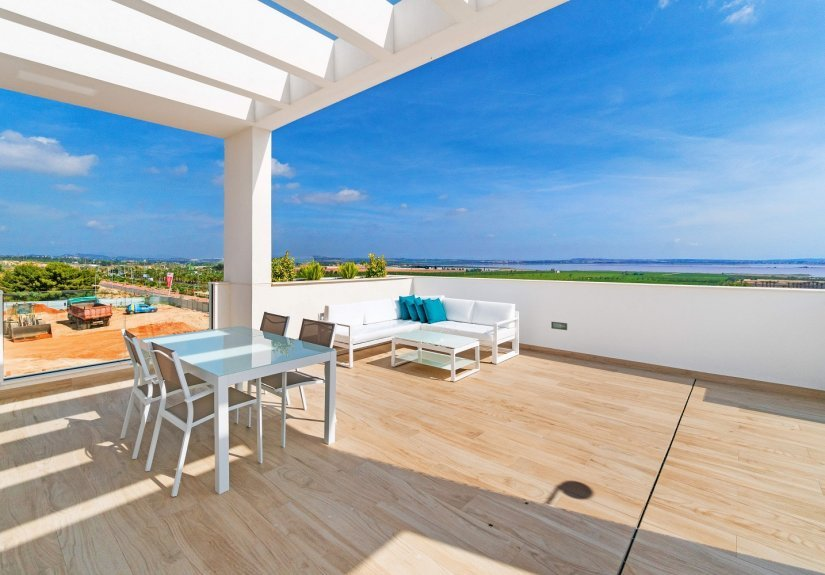 real estate for sale in Alicante /  Bungalows