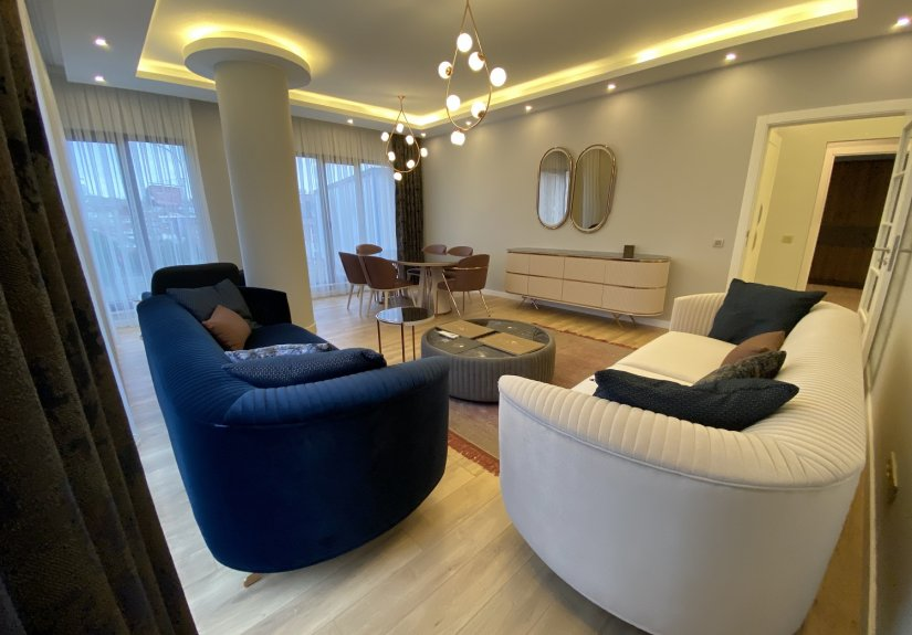real estate for sale in İstanbul / Üsküdar Apartment