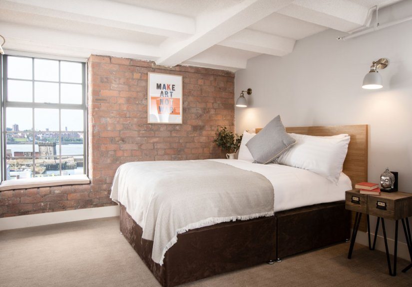 real estate for sale in Liverpool /   Apartment