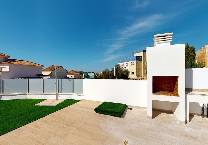 real estate for sale in Alicante /  Townhouses