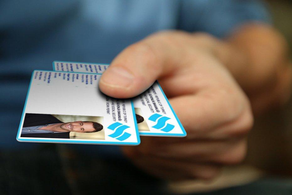 ماهي البطاقة التركوازية، و ماهو الفرق بينها و بين الجنسية التركية؟