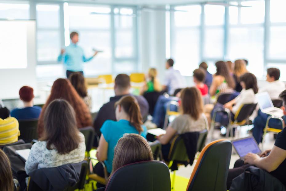 كيف يمكن تعليم الطلاب الذين من خارج البلاد في تركيا؟