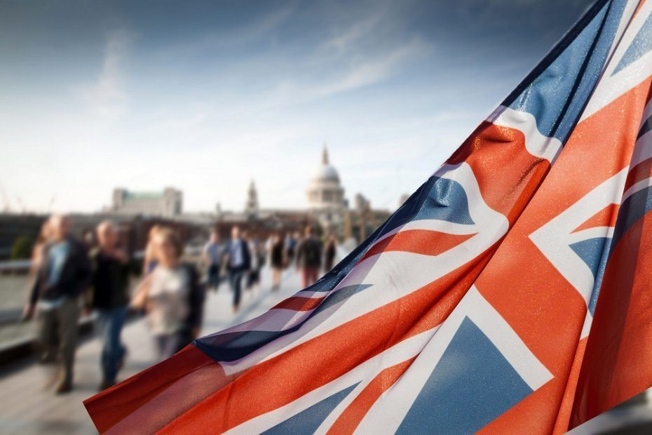 6 Reasons to Move to the UK