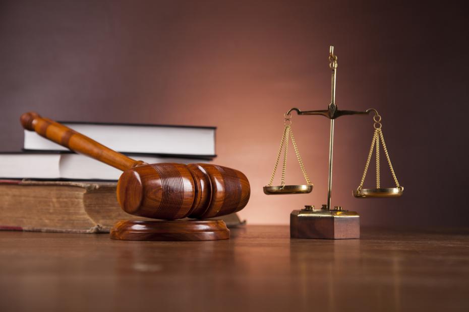 الاستشارات القانونية