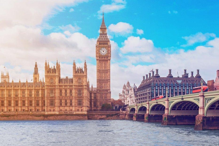Berühmter Uhrenturm von London: Big Ben