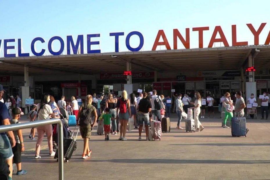 Russians prefer living in the resort city of Antalya