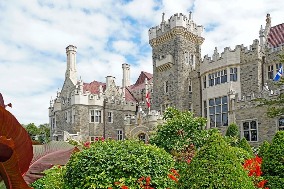 Toronto's Premier Historic Attractions: Casa Loma