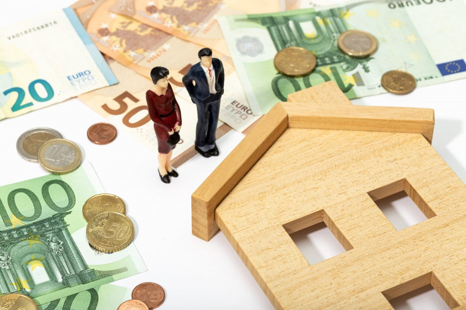مبيعات البيت الأول مقابل مبيعات المنازل المستعملة: إيجابيات وسلبيات