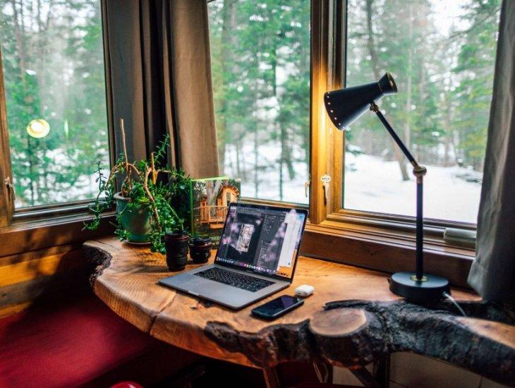 ہوم آفس میں کام کرنے کے فوائد اور نقصانات