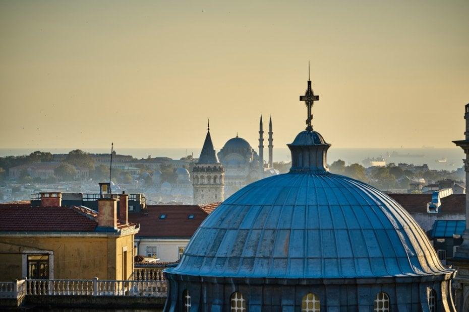 الكنائس التاريخية في إسطنبول