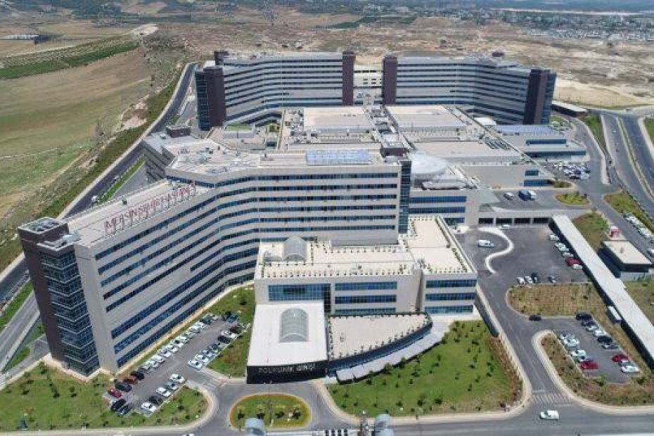 Crazy Projects City Hospital in Turkey