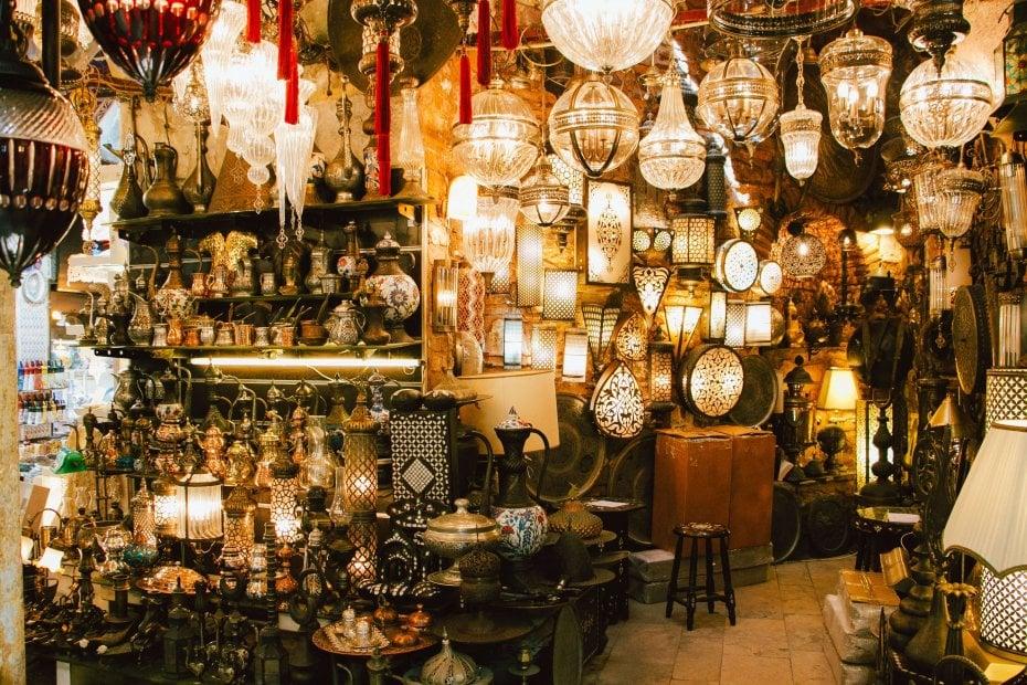 Bazaar Shopping Tricks in Istanbul