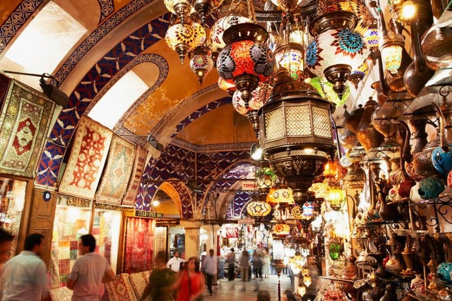 الأسواق الشعبية في اسطنبول