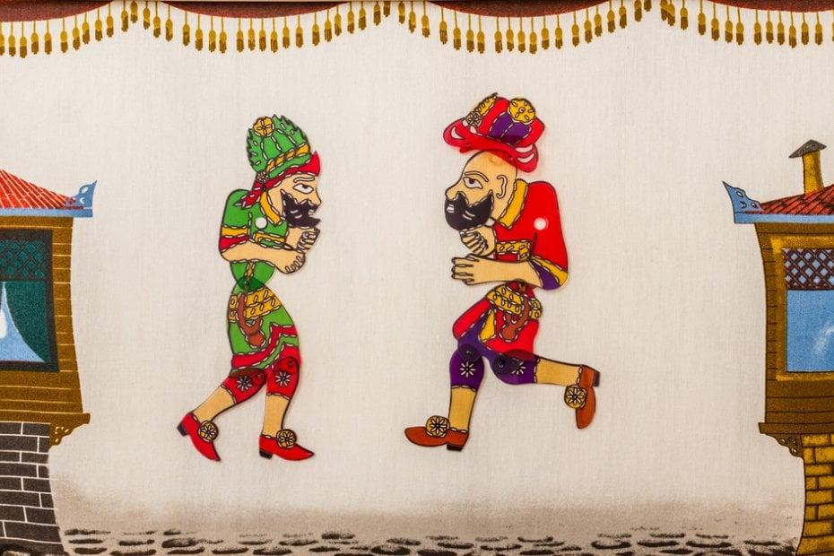 Títeres turcos tradicionales de sombras chinas: Hacivat y Karagöz